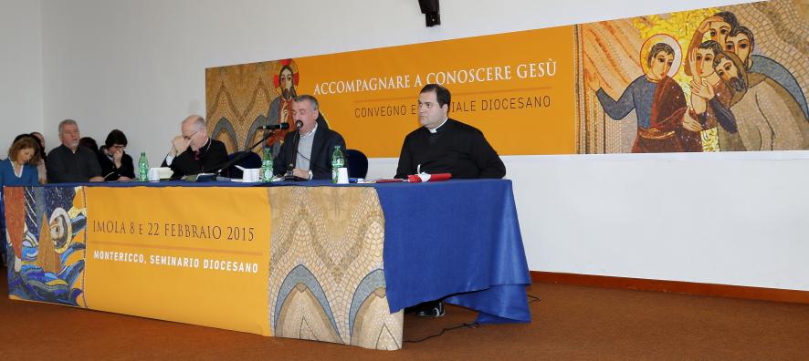 Il relatore al Convegno Fratel Enzo Biemmi