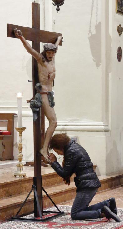 L'adorazione di un fedele