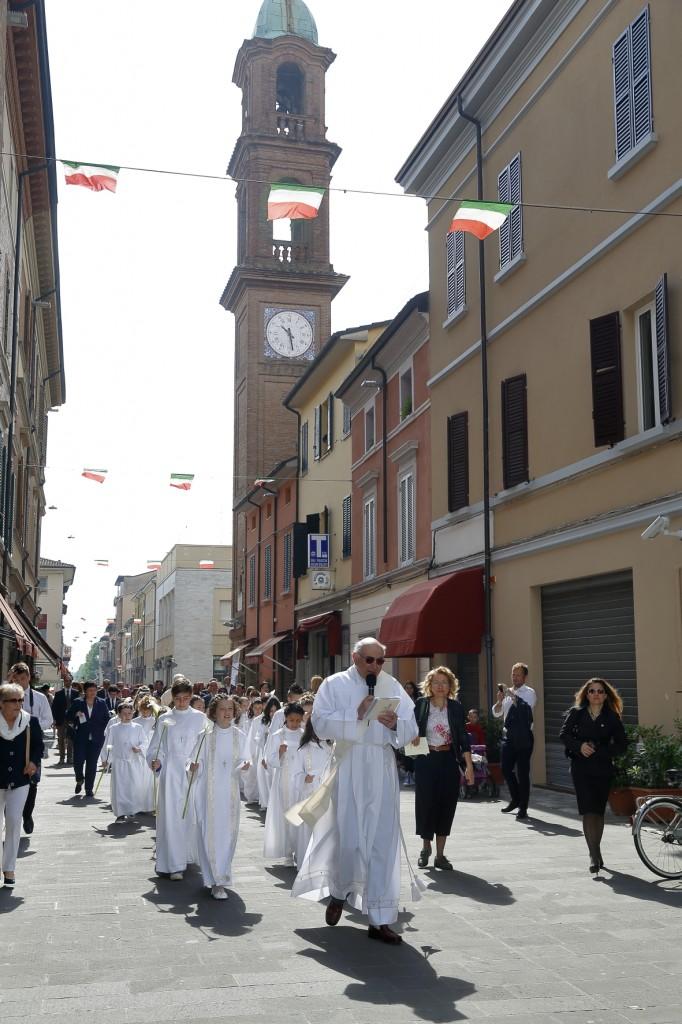 La processione dall'Oratorio fino alla chiesa di San Paolo