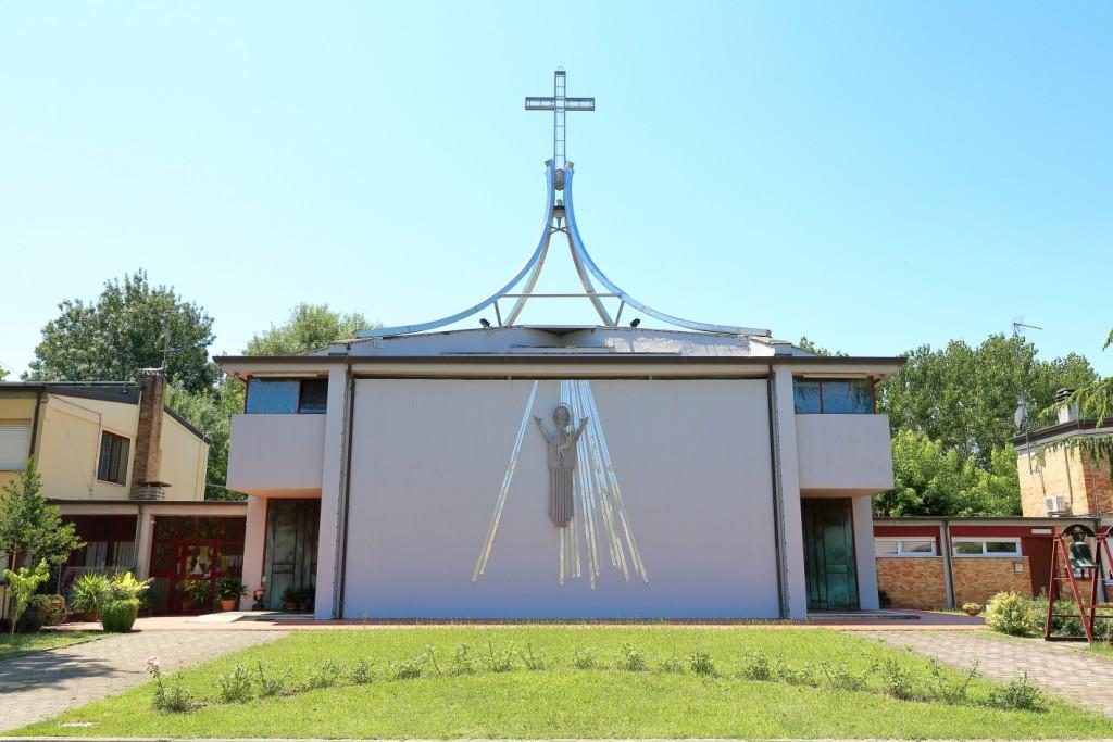 Esterno della chiesa di Fruges