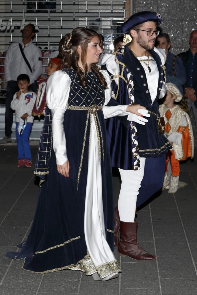 I Marmirolesi Girardo Romano e madama Agata sono accolti, come principi, dal quartiere San Giovanni