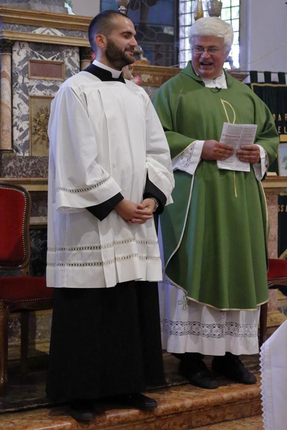 Il seminarista Gianluca Svolge che attualmente svolge il servizio pastorale nella nostra comunità parrocchiale di San Paolo.