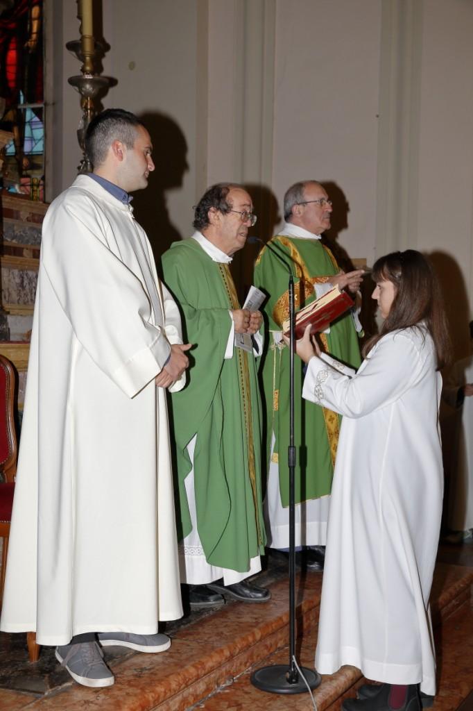 Il celebrante Padre Gabriele Digani e il diacono dell'Opera Padre Marella