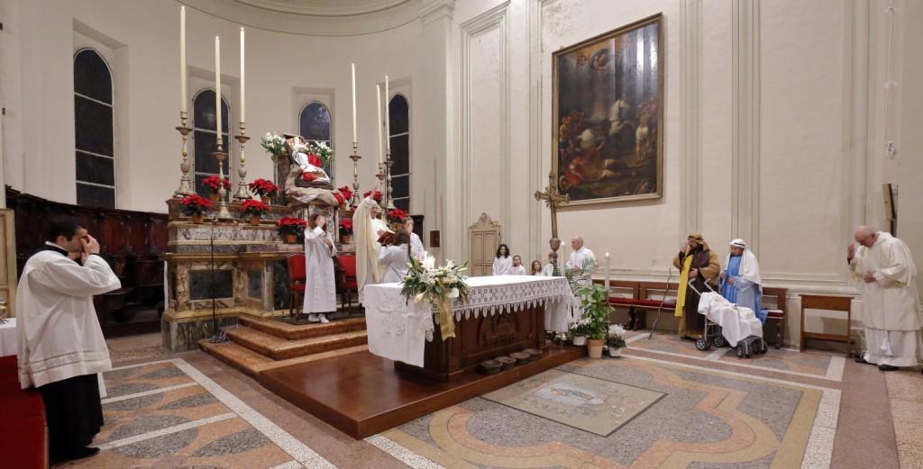 La solenne benedizione del Parroco