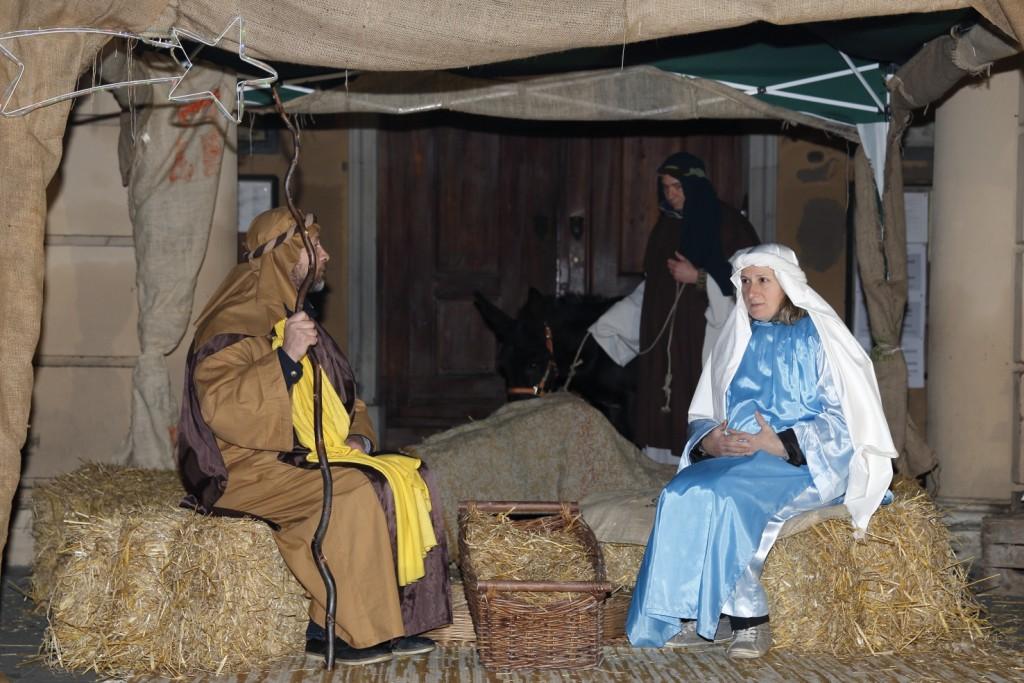 L'unico alloggio per Maria e Giuseppe: una capanna con una mangiatoia