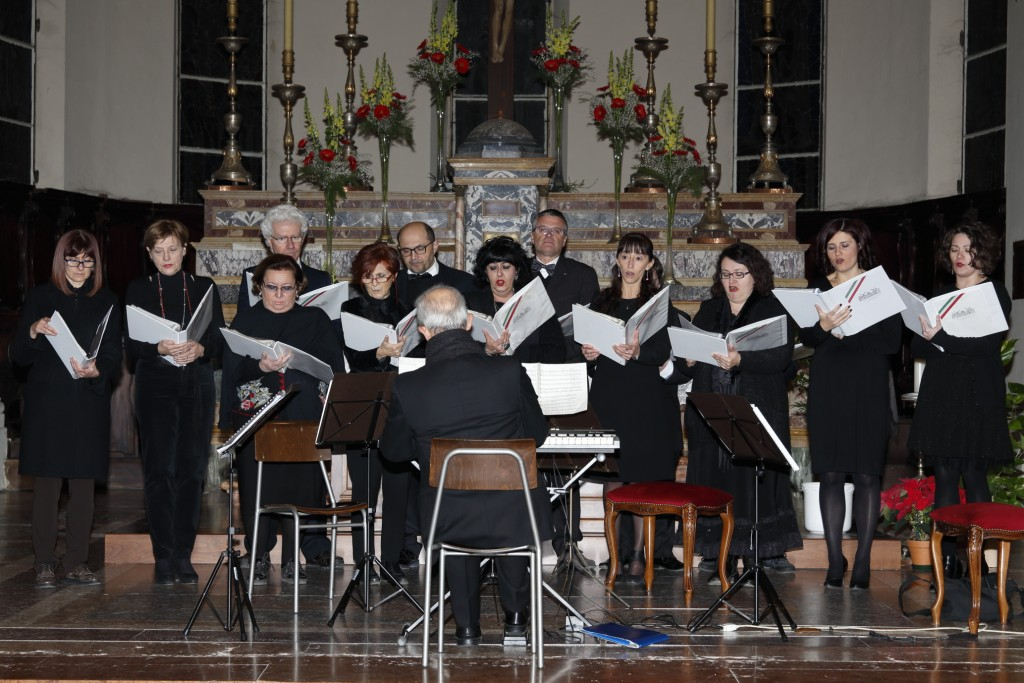 Il coro diretto dal Maestro Calzavara
