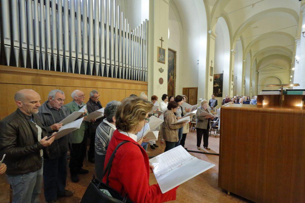 Il coro San Paolo ha animato la celebrazione della Pentecoste