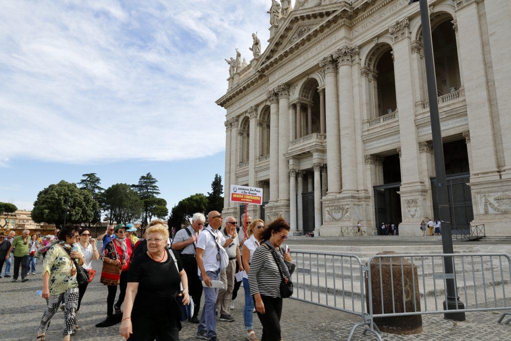 L'ingresso alla Basilica di San Giovanni