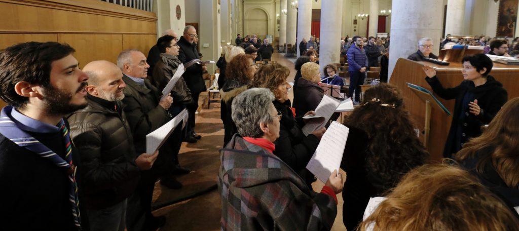 Il Coro San Paolo anima la Santa Messa